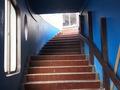 海岸出入り口からの階段