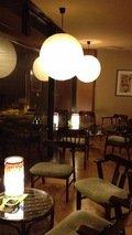 喫茶コーナーの照明