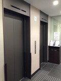 ホテル一階のエレベーターホール
