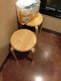 喫煙所の椅子
