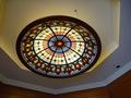 正面玄関ホールの天井