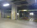 ホテルの地下駐車場
