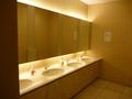 2階宴会場フロアのトイレ(洗面所)