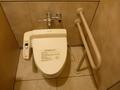 共用トイレ(個室)は簡易バリヤフリー構造