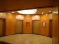 6階神前結婚式場フロア、エレベーターホール
