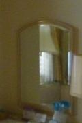 テーブル前の鏡