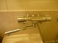 風呂、シャワーと洗面の蛇口は兼用です。