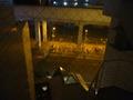 電車の高架下の自転車置き場