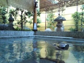 女性の露天風呂
