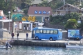初島港に送迎バス