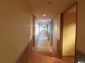 部屋までの長い廊下