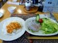 ウニにヒラメにタコと礼文の魚満載の夕食でした。