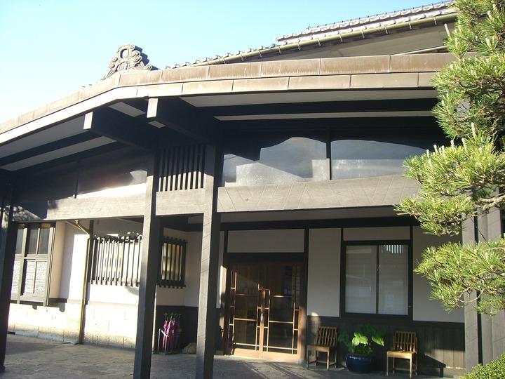 旅館の玄関です。