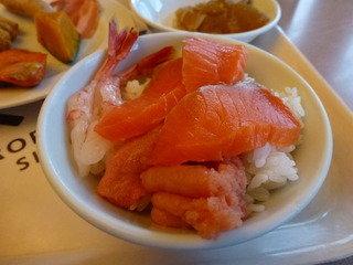 写真クチコミ:海鮮丼のアップ