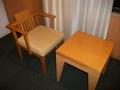 客室(椅子、テーブル)