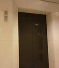 エレベーターのドアー(3階)