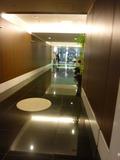 ホテル3階エレベーターホール~マークシティーへの廊下