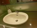 25階レストラン階の女子トイレの洗面台