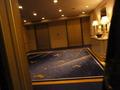 別館12階の高級レストランフロアのエレベーターホール