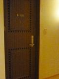 客室(部屋)のドア