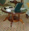 豪華なリビングの丸テーブル