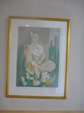 客室階の廊下にはマリーローランサンの絵画が