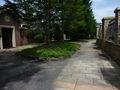 石畳の通路(構内)