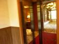 中華レストランの入り口ドア