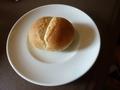 イタリアンレストラン、焼き立て自家製パン
