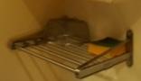 食器洗いスポンジと 食器の洗いかご
