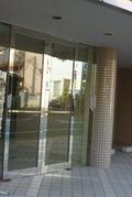 こちらが玄関自動ドア