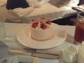 ルームサービスのケーキ