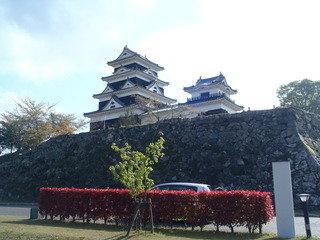 石垣の上の大洲城