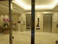 玄関の自動ドア~エレベーター