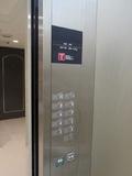 エレベーター内ボタンと…。