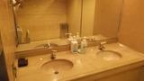 手洗いの洗面台