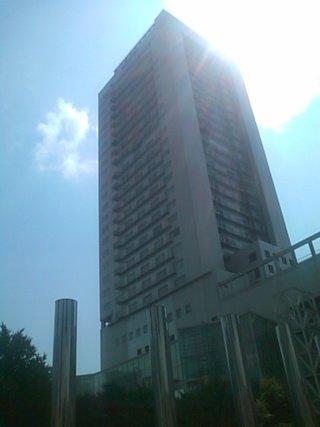 ウェスティンホテル外観