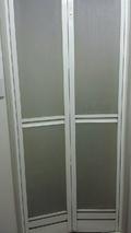 シャワールーム扉