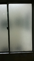 部屋の窓窓