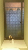 トイレの窓
