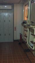 カプセルのある部屋