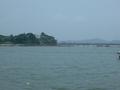 写真の小島に渡れる赤い橋も宿から歩いて行けます