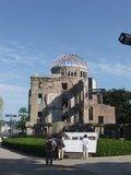 ホテルから散策がてら世界遺産 原爆ドームに行ってきました