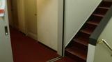 ホテル階段。