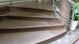 エントランス階段。