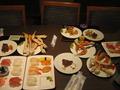 テーブルいっぱい。