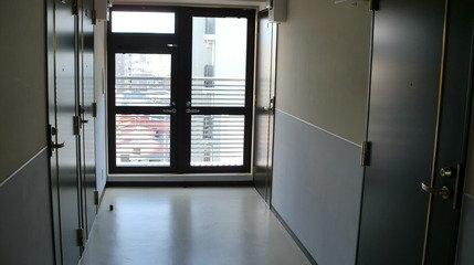 客室廊下。