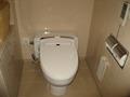 コーナーダブルのトイレ。
