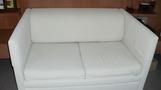 真っ白ソファー。