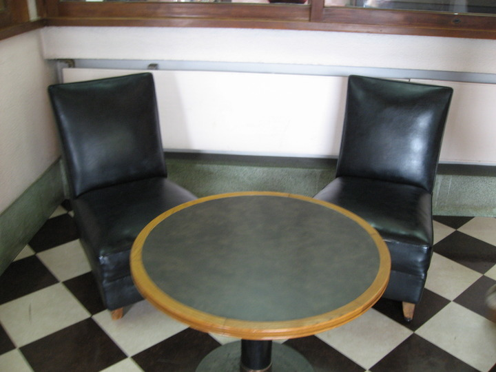 テーブルセット。